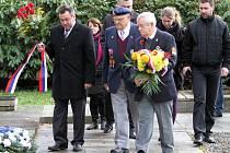 Památník padlých na vojenském hřbitově v Ruprechticích.