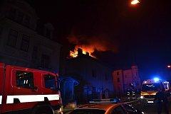 Požár v Lázeňské ulici.