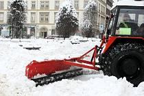 Úklid sněhu v Liberci.