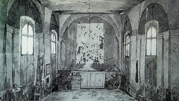 VOJTĚCH KOVAŘÍK vystavuje v Galerii U Rytíře svoje linoryty.