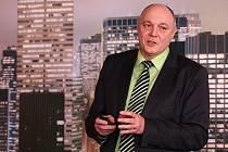 Ředitel Eltoda –  Citelum Vítězslav Chmelík.