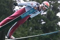 CHRISTOPH BIELER z Rakouska byl po skokanské části Summer Grand Prix sdruženářů na Ještědu druhý, ve Vesci si ale potom doběhl na kolečkových lyžích pro celkové prvenství.