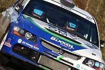 VOJTĚCH JEDE. Liberecký závodník Štěpán Vojtěch v pátek vstoupí do rally Wales.