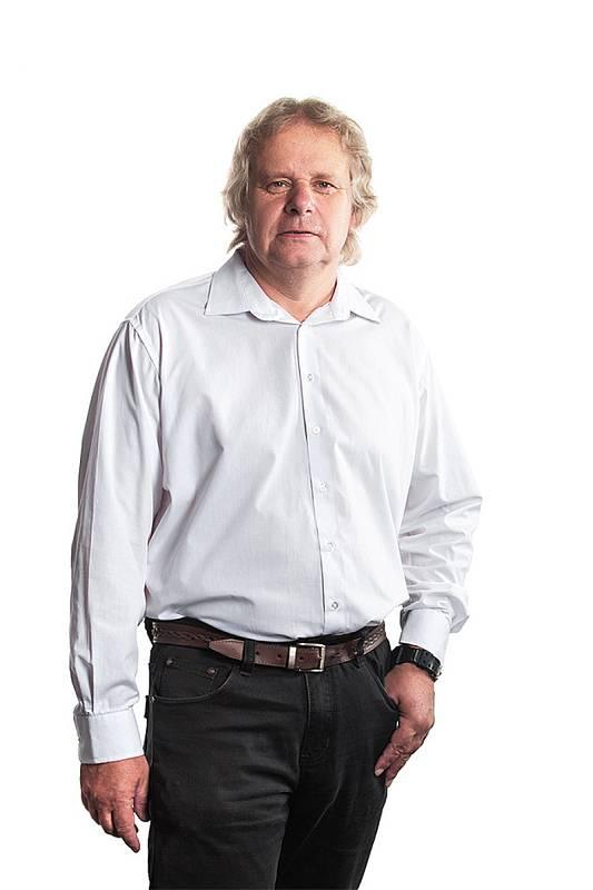 Otto Jarolímek, 60 let, fyzik, vysokoškolský pedagog a podnikatel, Turnov, Trikolora, Svobodní, Soukromníci.