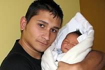 Syn Roman se rodičům Tereze Puľové a Romanu Vítovi z Jablonce narodil 25. prosince 2012 v jablonecké porodnici. Měřil 46 cm a vážil 3,1 kg.