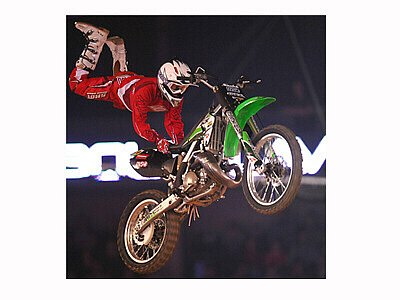 FIM World Championship SUZUKI Liberec 2008, Mistrovství světa Freestyle Motocross liberec 2008, Night of the Jumps.  Na třetím místě Romain Izzo (FRA)