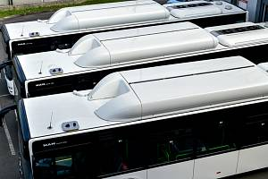 Autobusy, MHD. Ilustrační foto.