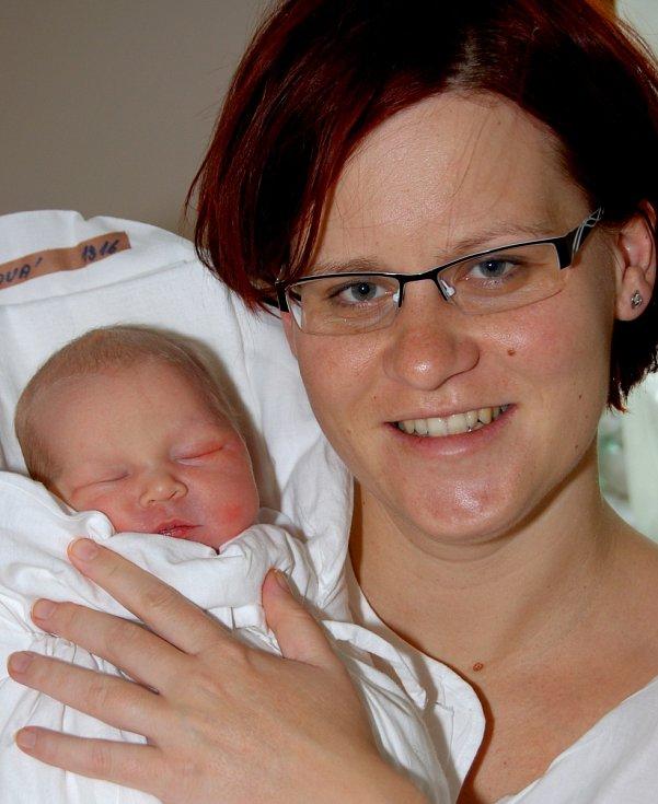 Mamince Janě Špringlové z Liberce se 3. prosince narodila dcera Adéla Špringlová. Vážila 3,7 kg.