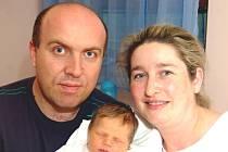 Mamince Lence Petříkové z Liberce se 28. února v liberecké porodnici narodil syn Daniel. Měřil 51 cm a vážil 4,36 kg.
