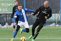 BREITE ZA JUNIORKU. Na snímku vlevo je nový muž Slovanu Liberec Radim Breite.