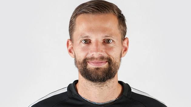 Trenér brankářů a brankářek ve Slovanu Miroslav Samoel.
