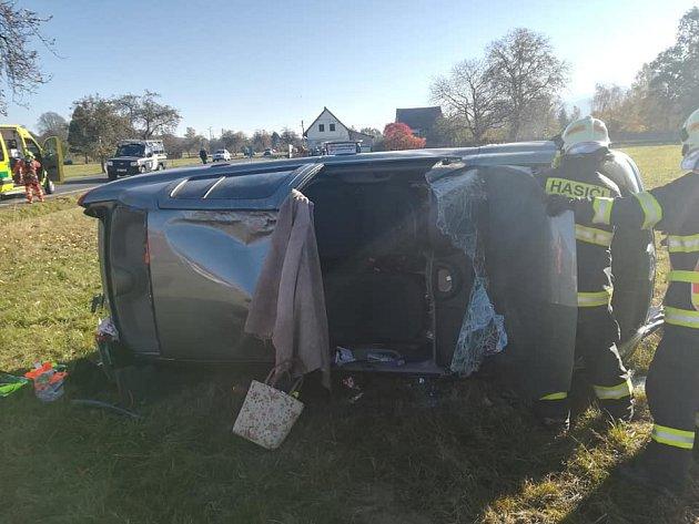Khavárii došlo nasilnici mezi Frýdlantem a Hajništěm nedaleko železničního přejezdu před obcí Hajniště.