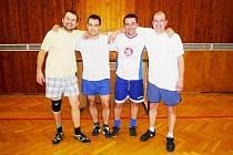 VÍTĚZNÁ A4A. Zleva: Jan Stehno, Ivan Šmidrkal, Petr Hlavsa a Aleš Kysela.