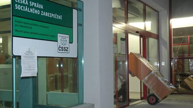 Česká správa sociálního zabezpečení se od dnešního dne až do středy stěhuje do nového sídla.