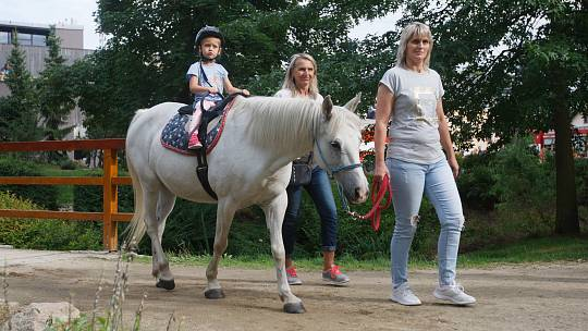 Vratislavické slavnosti nabídly dětem množství atrakcí i bohatý kulturní program.