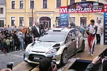LOŇSKÝ VÍTĚZ. Tomáš Kostka se objevil na startu Rally Lužické hory v rámci testování Fordu Fiesta RS WRC stáje Wevers Sport a dokázal obhájit loňské vítězství.