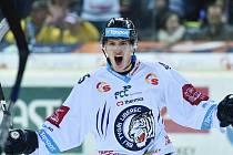 Ústecký rodák Jan Ordoš se v organizaci Bílých Tygrů probil až do hlavního týmu, kde má ve dvaceti letech stabilní místo.