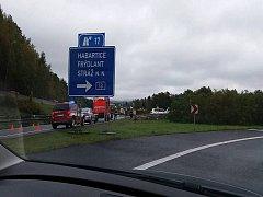 Dopravní nehoda si vyžádala tři zraněné osoby.