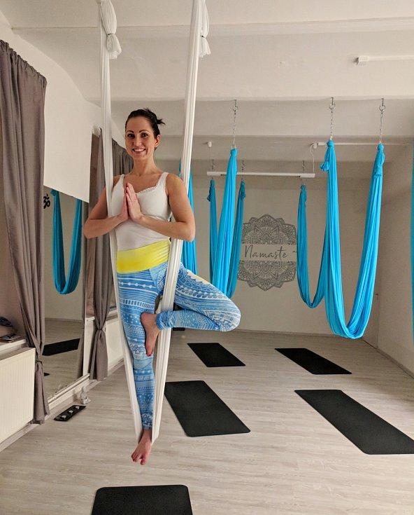 Magdalena Klížová při létající józe. Archivní foto
