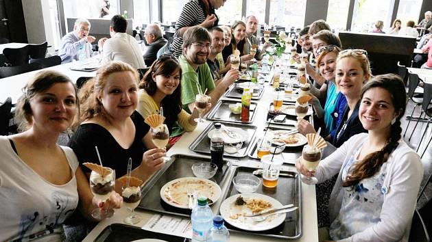 Akcent Liberec je vokální skupina, která v Liberci funguje už více než 10 let.