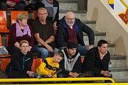 Třetí zápas play off o třetí místo volejbalové extraligy mužů mezi týmy VK Dukla Liberec a VK ČEZ Karlovarsko se odehrál 19. dubna v Liberci. Na snímku fanoušci Liberce.