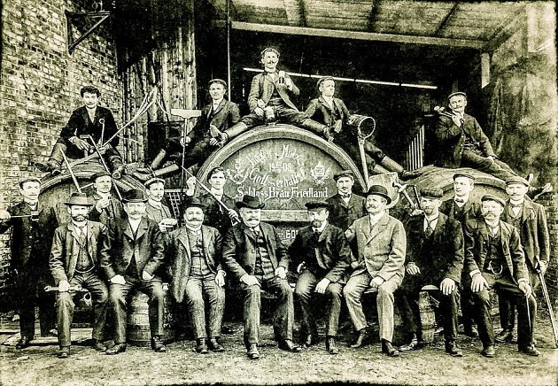 Pivovarští zaměstnanci.