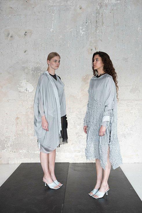 Návrhy oděvu od Anežky Kotkové.