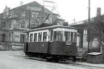 ROK 1960, poslední pro tramvajovou linku č. 2. Na snímku konečná stanice u Letky v Růžodole I.