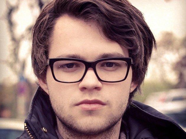 MATĚJ CHLUPÁČEK. Nejmladší režisér ve střední Evropě natočil svůj debut.