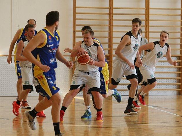 Oba liberecké basketbalové týmy vyhrály. Lynx jsou stále první, USK Liberec se odpoutal ode dna.