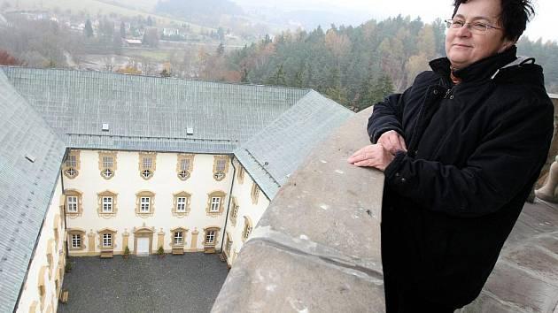 NAPOSLEDY SE OTEVŘEL 1. LISTOPADU. S návštěvníky se minulou sezónu zámek Lemberk rozloučil 1. listopadu.