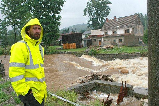 Na řece Smědé je na cestě vody z Jizerských hor první na řadě obec Bílý Potok.