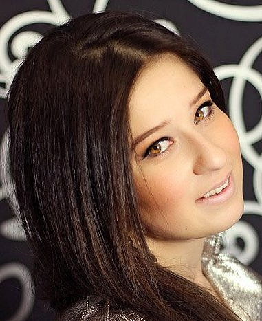 Eki Sluková, zpěvačka Hrádek nad Nisou