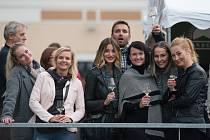 FESTIVAL VÍNA. Druhý ročník ozdobily nejen desítky vinařských firem té nejvyšší kvality, ale i skvělá gastronomie a v neposlední řadě výborná muzika.