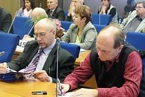 V úterý 8. února se na Krajském úřadě Libereckého kraje sešli zástupci vedení kraje, středních škol a starostové na společném semináři k chystané reformě sítě škol.