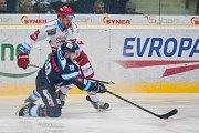 Utkání 45. kola Tipsport extraligy ledního hokeje se odehrálo 30. ledna v liberecké Home Credit areně. Utkaly se celky Bílí Tygři Liberec a HC Oceláři Třinec. Na snímku v modrém Daniel Špaček.