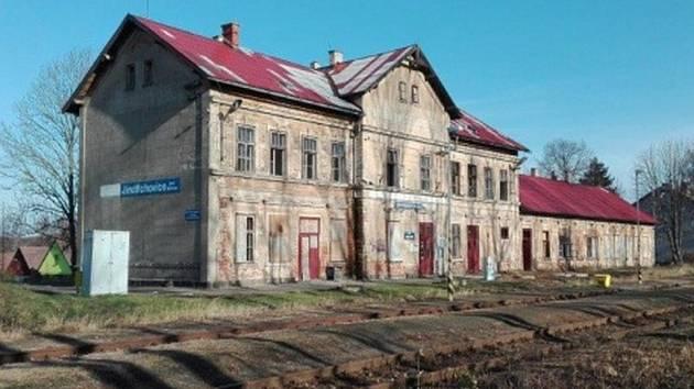 Obec Jindřichovice pod Smrkem se konečně dočkala.