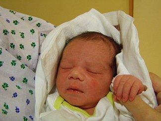 se narodila v liberecké porodnici mamince Pavlíně Nýdrlové z Liberce. Vážila 3,4 kg a měřila 48 cm.