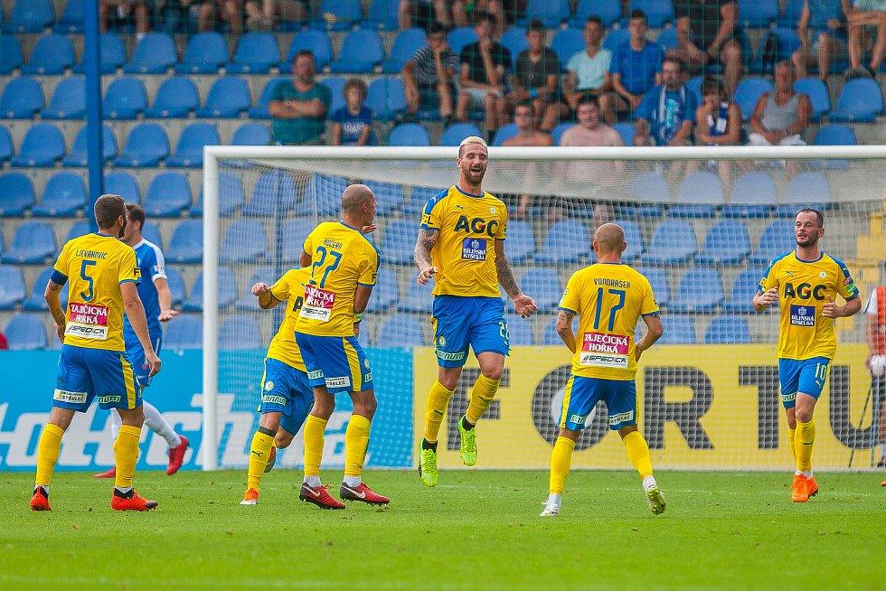 Zápas 3. kola první fotbalové ligy mezi týmy FC Slovan Liberec a FK Teplice se odehrál 4. srpna na stadionu U Nisy v Liberci. Na snímku je radost hráčů Teplic, David Vaněček (třetí zprava).