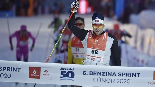 Vítěz závodu Even Northug z Norska.