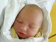 ESTERA KRAMÁROVÁ Narodila se 12. července doma mamince Aleně Kramárové z Kobyl. Vážila 2,86 kg a měřila 49 cm.