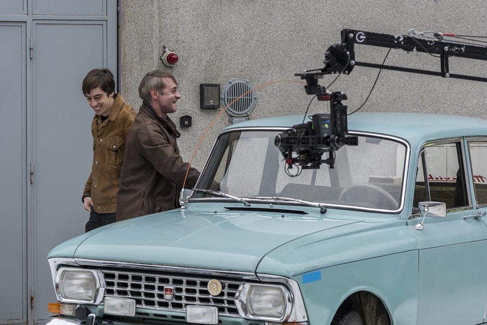 Za vznikem filmu Narušitel stojí David Balda, který se podílel na režii, kameře, produkci a scénáři. Jako podklad mu sloužil příběh vlastního dědečka.