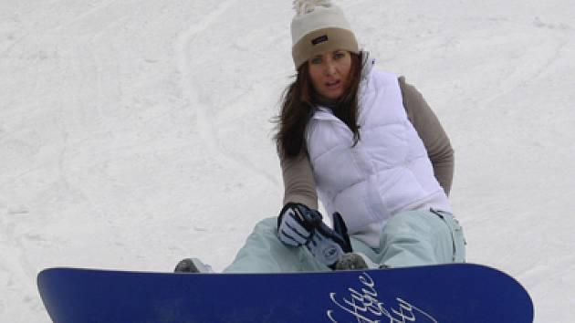 Český pohár ve freestyle snowboardingu 02 4x4 se z Krkonoš přesouvá do Jizerských hor.