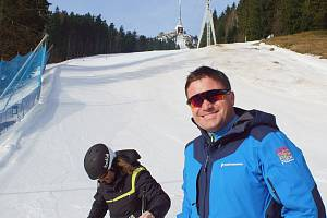 Slovenský investor Igor Rattaj se sešel s primátorem i libereckými lyžaři.