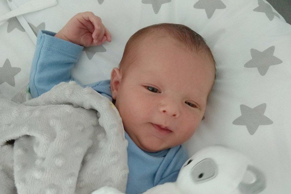 Rodičům Kateřině Bratršovské a Emilu Svobodovi z České Lípy  se v pondělí 3. srpna v 6:06 hodin narodil syn Eddie Svoboda. Měřil 50 cm a vážil 3,83 kg.