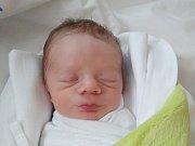 VÍT KOLÁŘ Narodil se 26. září v liberecké porodnici mamince Blance Bartošové z Liberce. Vážil 2,34 kg a měřil 47 cm.