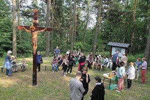 Svěcení křížové cesty v Osečné