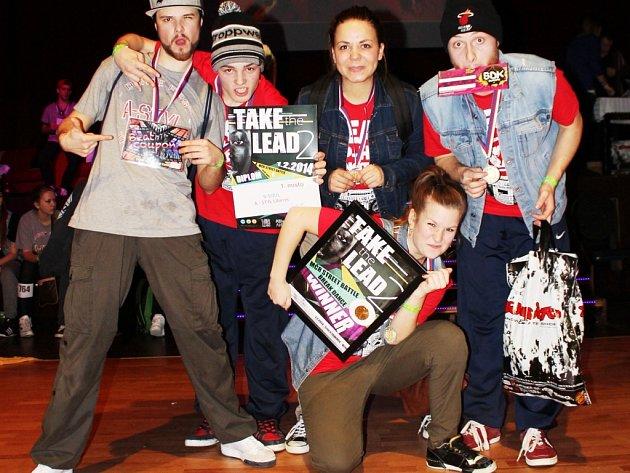 MISTŘI REPUBLIKY. A-STYLu vyhrál street dance B-Soul.