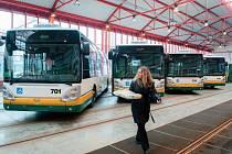 Šest nových autobusů koupil na sklonku roku Dopravní podnik měst Liberce a Jablonce nad Nisou.