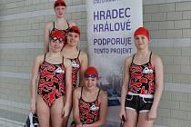 JARNÍ POHÁR . V Hradci Králové startovalo pět děvčat z Liberce.